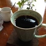oni cafe - ブレンドコーヒー350円
