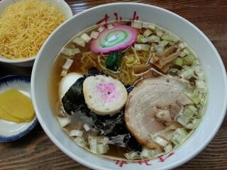 すみれ 札幌本店 - 昔風ラーメン(850円)です。2013年5月