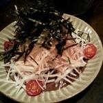 炭火焼鳥家 ちきちき - サラダ(ダイコンと梅)