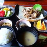 五風十雨 - 料理写真:地鶏定食