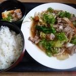 まわたり食堂 - 肉野菜炒め定食 750円