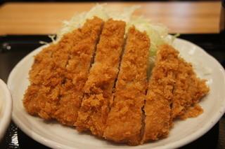 とんかつ まるや 浜松町店 - ロースカツ定食