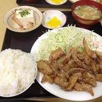 定食の店 ごんべ - みそとり皮定食(ごはん小)580円(第一回投稿分②)