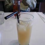 KJワイナリー - グレープフルーツジュース