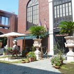 MLB Cafe Tokyo - テラス