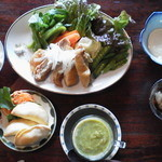 食堂101号室 - きらめきランチ・スープ、前菜、ご飯つき