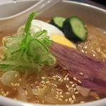19307406 - これ美味しい~!!冷麺◎しつこくないスープが肝ですね☆