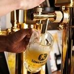 ブラート・ブルスト - ドイツの『レーベンブロイ』はじめ、各国の生ビールが楽しめる