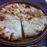 ツルシ - チーズナン