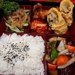 豚麺 - スペシャルランチ