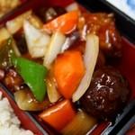 豚麺 - スペシャルランチ(肉団子、酢豚)