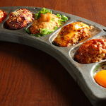 滋賀や - 料理写真:一番人気。食べないと絶対後悔すること間違いなし『びわこつくね5種盛合せ』