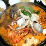 民俗村 - 海鮮鍋 3000円