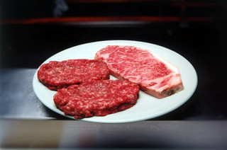 ステーキハウスひのき - 極上の和牛