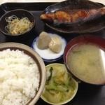 ミズタニ - ぶり照焼定食(700円)