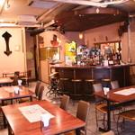 BINDU - 店内はおしゃれなカフェ&バーのスタイル!おしゃれな雰囲気の中お楽しみただけます。