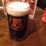マイン・シュロス - 黒ビールのミュンヒナーです。