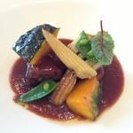 19333394 - 牛ほほ肉の煮込み 季節の野菜添え