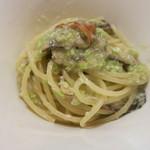 zoe's - スペシャリテ 鮎の燻製と枝豆のピュレのスパゲッティ