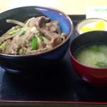 笹屋 - ちょっとピンぼけ…生姜焼肉丼