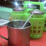 モンティー - お水と何に使ったらいいかわからない調味料4種
