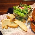 19339648 - 『Trinity Beef Burger Set』(900円)