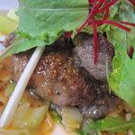 レストラン エヌ・ルトゥール - 国産牛ヒレ肉のアップ