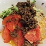 四川厨房 随苑 - タンタン冷麺  かなりのボリューム