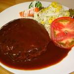エムズキッチン - 料理写真:当店自慢の手ごねハンバーグ