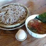 19346441 - 魚介豚骨醤油つけそば+味付け半熟煮タマゴ(2013/06/05撮影)