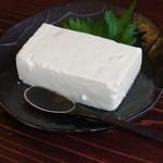 19348682 - 料理の提供前に出された豆腐