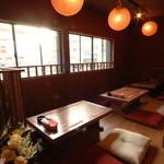 韓喰 - 半個室で人気のお座敷です 少人数でのコンパなどに最適!