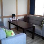 カフェ リエッコ - テーブル席の様子です