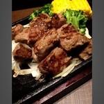 しょうざん  - 鉄板サイコロステーキ