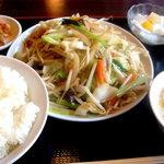 金龍園 - 五目野菜炒め定食ですよ