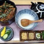 舟屋 - 料理写真:名古屋名物ひつまぶし。当店の一番人気です。