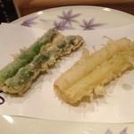 天ぷら てんかつ - アスパラ、白&緑