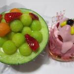WORL BON BON - メロンと杏仁プリンのデザート525円、シトロンベール380円