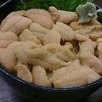 札幌市場めし まるさん亭 - うに丼アップ