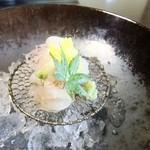 日本料理 鎌倉山倶楽部 - 真鯛とひらめ