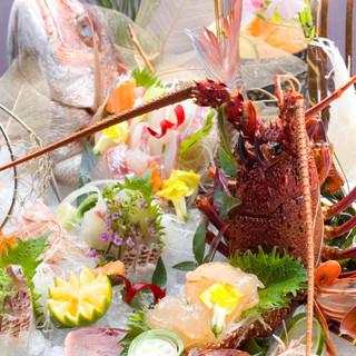 産地直送の旬の鮮魚を美味しいお造りにてご賞味ください。