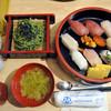 山傳丸 - 料理写真:バスツアーでの昼食
