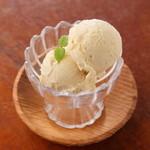 未来食カフェレストラン つぶつぶ - つぶつぶ雑穀甘酒バニラアイス