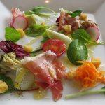 ジャンカルド - ・神戸市西区の有機野菜を使ったパンツァネッラとハモンセラーノ
