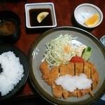 よし晴 - おろしトンカツ(ロース)定食1100円