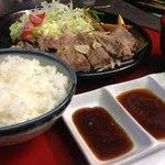 そわ家 - お昼のご褒美定食(サーロイン)です(-^〇^-)