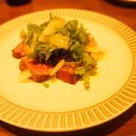 19384743 - キアニーナ牛フィレ肉のタリアータ仕立てわさび菜とパルミジャーノチーズを添えて(4200円)