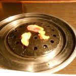 梨の家 - 石網で焼く
