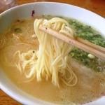 長浜ラーメン - ラーメンの麺