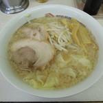 19388586 - 【再訪】ワンタンメン(脂多め、麺硬め)